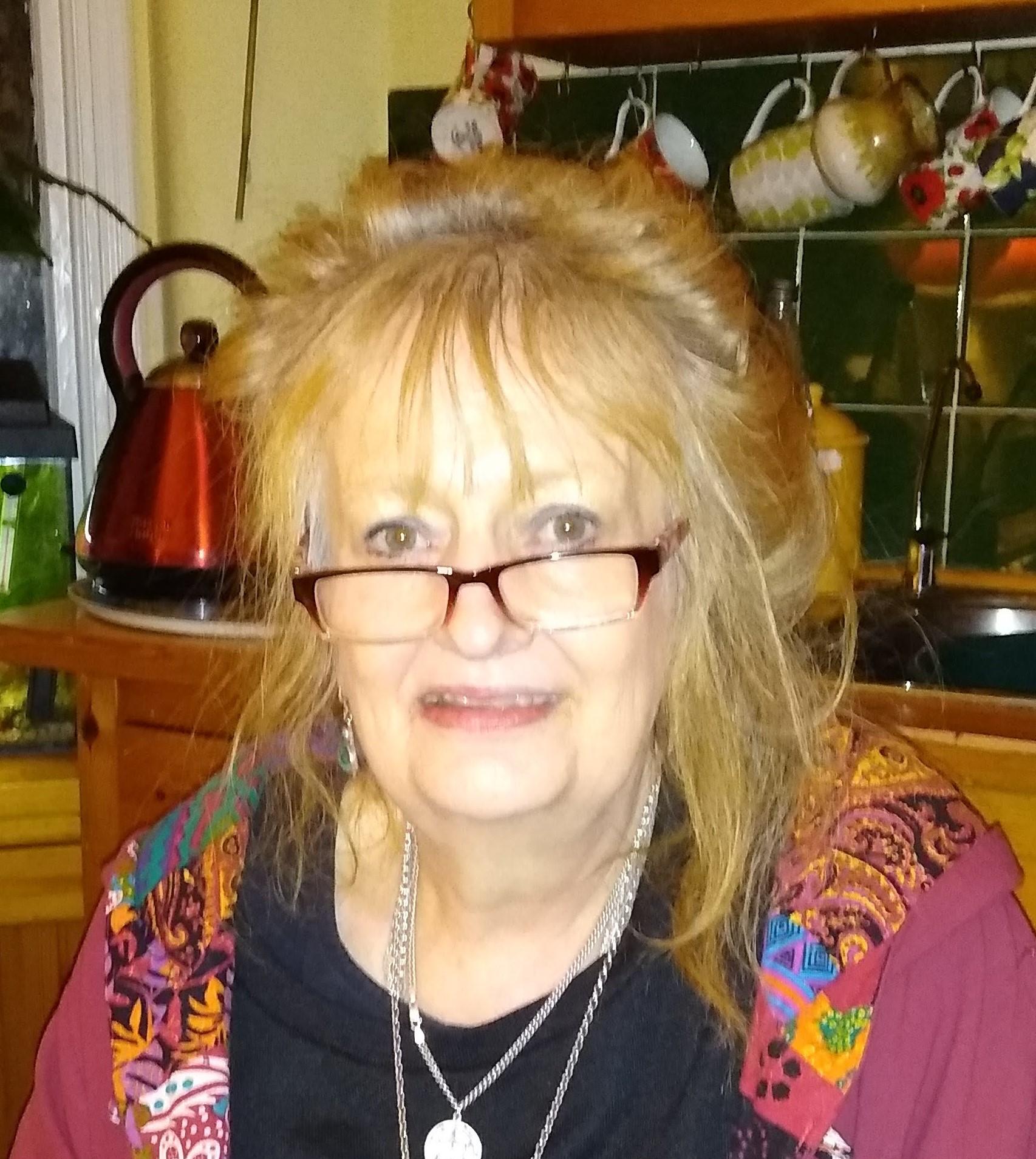 Karina Halstead user icon